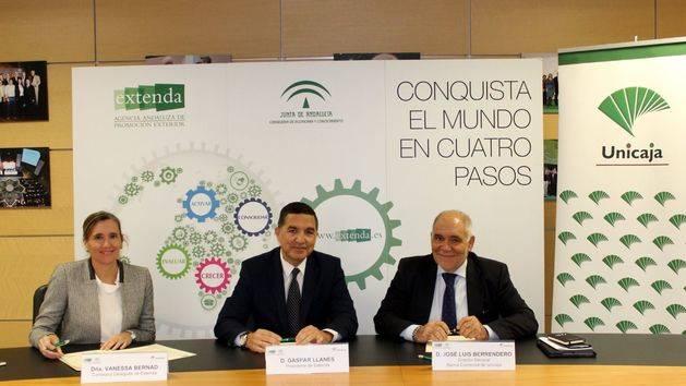 Extenda y Unicaja Banco firman un convenio para promover la internacionalización de las empresas andaluzas