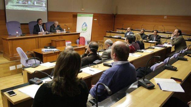 """El proyecto """"Olivares Vivos"""" analiza en un seminario la biodiversidad desde el ámbito del consumidor"""
