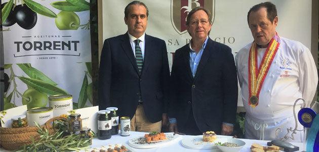 Iniciativa gastronómica de Aceitunas Torrent como muestra de apoyo a la aceituna negra