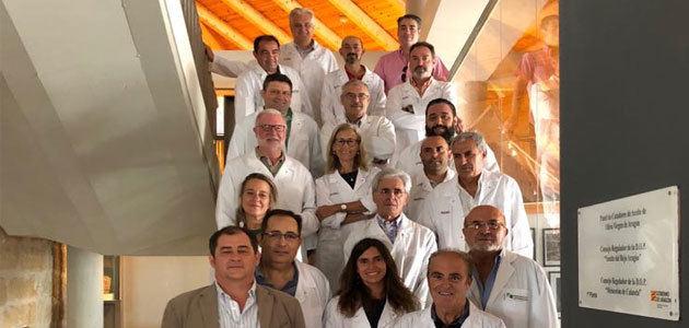 Pieralisi muestra sus últimas innovaciones a los catadores de aceite de Aragón