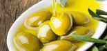 El consumo moderado de aceite de oliva puede ayudar a reducir el peso