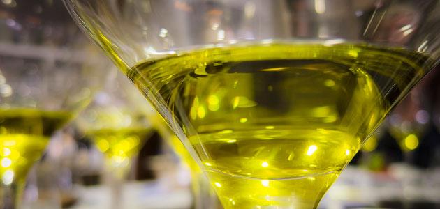 La industria oleícola italiana apoya el estudio de nuevas herramientas para fortalecer el Panel Test