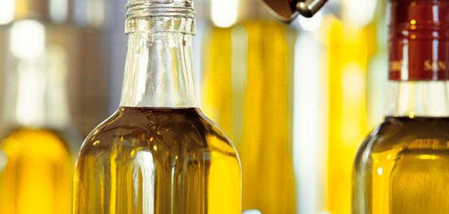 El precio del aceite de oliva de marca blanca, sin diferencias en la gran distribución