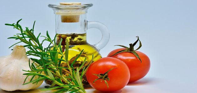 ¿Cuáles son los beneficios cardiovasculares del consumo de aceite de oliva?