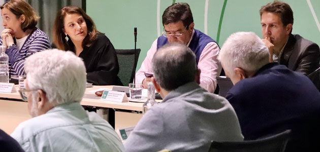 Crespo anuncia ayudas para la concertación agraria