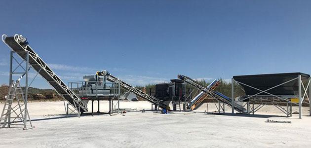 Bandas Cortés pone en marcha una de las mayores plantas de recepción de almendra de España