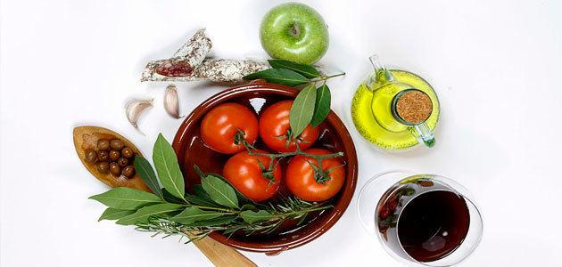 La Mesa de la Gastronomía propone explorar fórmulas para explotar la imagen de los productos españoles