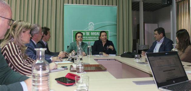 Andalucía modificará las bases reguladoras de las ayudas para agilizar pagos y simplificar trámites burocráticos