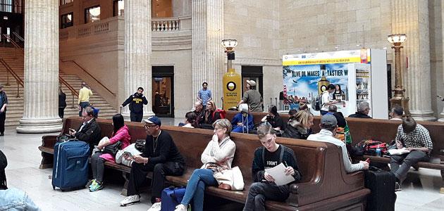 El Olive Oil World Tour llega a la Union Station de Chicago
