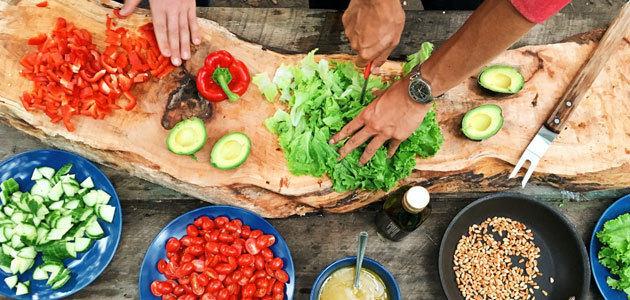La Dieta Mediterránea vuelve a las mesas de los españoles durante el confinamiento
