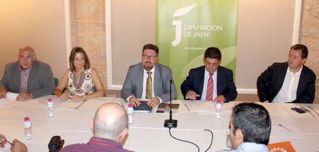 La Junta asegura que será una aliada estratégica del sector del aceite de oliva en la negociación de la nueva PAC