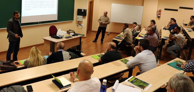 Alumnos de España y Portugal participan en el V Curso de Formación en Proceso de Elaboración de Aceite de AOV