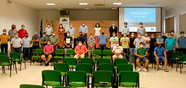 Nuevo curso para maestros de almazara en la comarca de Oleoestepa