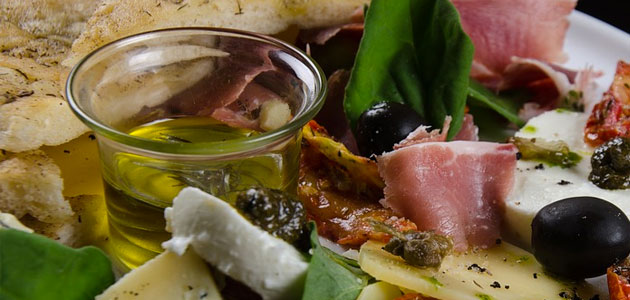 Italia insta a promover la cultura del AOVE frente a las noticias falsas y los semáforos nutricionales