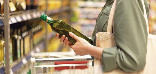 El consumo de aceite de oliva ha caído 0,7 litros por persona durante los últimos cinco años
