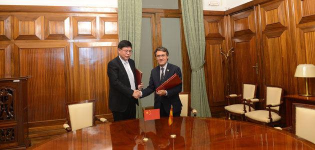 España suscribe con China un protocolo para la exportación de pulpa de aceituna
