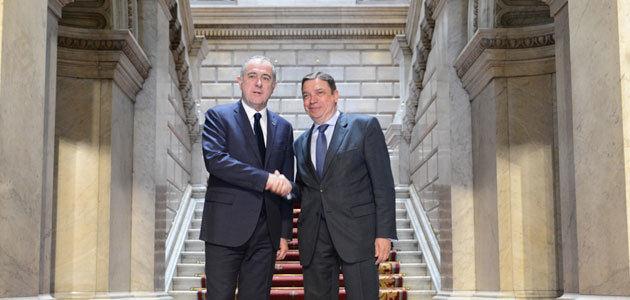 El Brexit, la PAC y la Xylella, centran la reunión de los ministros de Agricultura de España y Francia