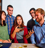 Estudiantes de la UC Davis crean un sensor para evaluar la calidad del aceite de oliva