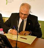 La UJA y la Diputación de Jaén llevarán a cabo un proyecto para secuenciar el genoma del olivo