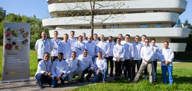 ICEX forma a chefs internacionales sobre productos de la gastronomía española como el AOVE