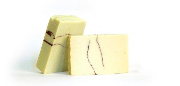 Endógena, cosméticos responsables con aceite de oliva y aguas minero medicinales