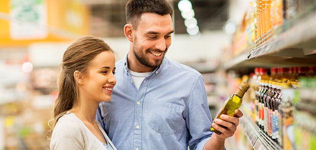 FACUA detecta diferencias de hasta el 100% en el precio de la botella de AOVE