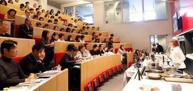 El AOVE andaluz, en la mayor escuela culinaria de Japón