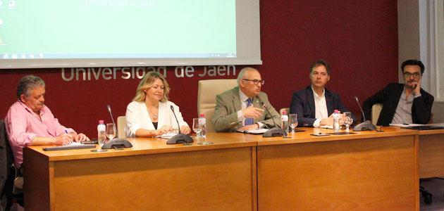 Una jornada de trabajo aborda estrategias para la comercialización del AOVE Olivares Vivos