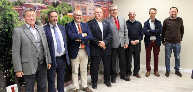 Parras asegura que la clave del reconocimiento de la IGP 'Aceites de Jaén' es que el consumidor sea capaz de pagar más por la calidad
