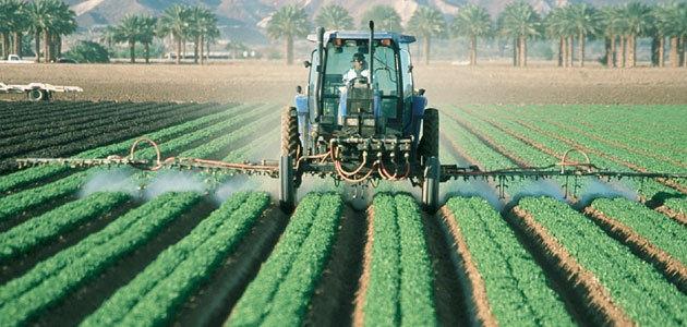 Una comisión analizará las autorizaciones de pesticidas en la UE, sus fallos y posibles conflictos de intereses