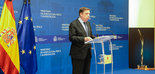 Planas anuncia un paquete de medidas para asegurar la viabilidad del sector oleícola