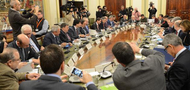 Planas estudiará con el sector oleícola medidas frente a la crisis