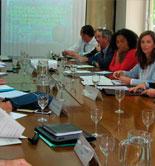 El Magrama y el sector del aceite de oliva analizan la situación del mercado y la evolución de la campaña