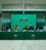 La Junta de Andalucía, OPAs y cooperativas pedirán al Magrama la modificación de las ayudas asociadas de la PAC