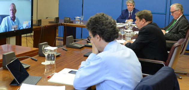Planas estudia con las OPAs y Cooperativas medidas para impulsar el sector oleícola