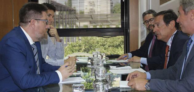 Andalucía apoya al sector de la aceituna negra ante la denuncia por dumping de EEUU