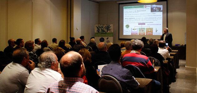 Alrededor de 200 profesionales se forman en AOVE en tres seminarios temáticos en Málaga