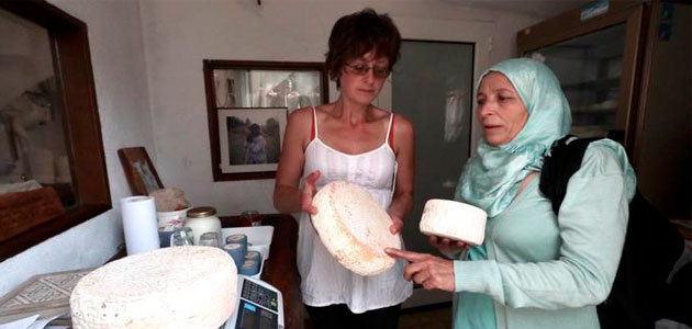 Agricultoras sirias adquieren conocimientos sobre producción y comercialización de productos como el AOVE