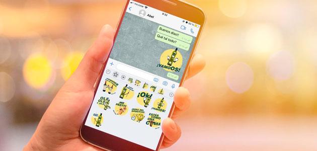 Dcoop diseña divertidas pegatinas corporativas para compartir en Whatsapp