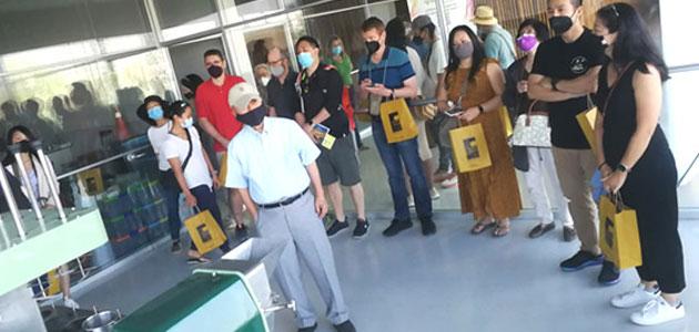 El Museo Terra Oleum retoma sus actividades de divulgación oleoturística con una visita de un grupo de EEUU